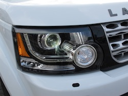 2014 Land Rover LR4 HSE white front headlights