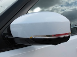 2014 Land Rover LR4 HSE white side mirror
