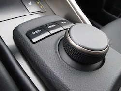 2014 Lexus IS350 F-Sport RWD Red center console shifting knob