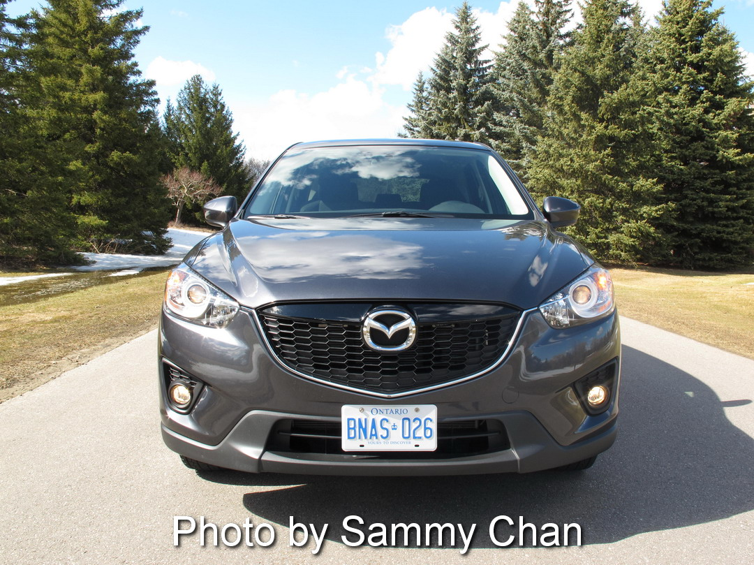 2014 Mazda CX-5 GS AWD front view grey