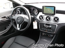 2014 Mercedes-Benz CLA250 White interior dashboard center console