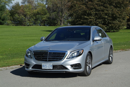 2014 Mercedes-Benz S550 Silver front side view on grass
