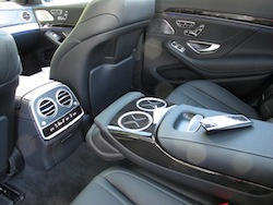 2014 Mercedes-Benz S550 Silver rear seat interior controls and armrests