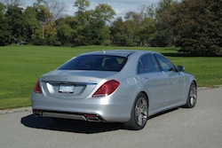 2014 Mercedes-Benz S550 Silver rear view taillights with grass background