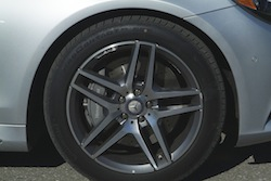 2014 Mercedes-Benz S550 Silver rims wheels calipers and brakes