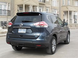 2014 Nissan Rogue SL AWD exhaust