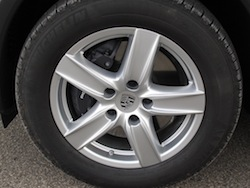 2014 Porsche Cayenne Diesel White wheels rims calipers brakes
