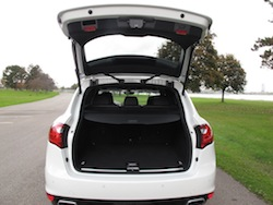 2014 Porsche Cayenne Diesel White trunk open storage space bay