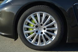 2014 Porsche Panamera S E-Hybrid Black rims wheels and neon calipers