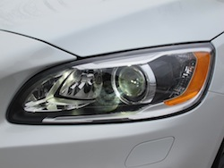 2014 Volvo S60 T6 AWD headlights white front
