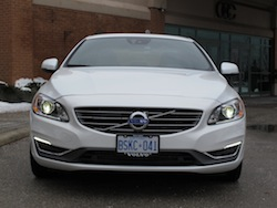 2014 Volvo S60 T6 AWD front view white