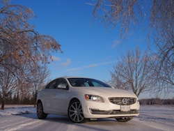2014 Volvo S60 T6 AWD front view winter white
