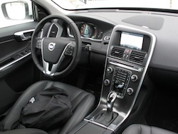 2014 Volvo XC60 T6 AWD dashboard interior view