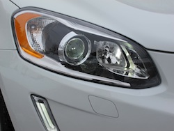 2014 Volvo XC60 T6 AWD headlights front