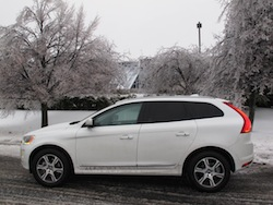 2014 Volvo XC60 T6 AWD side view