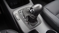 2015 Kia Forte5 SX Luxury White gear shifter