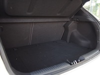 2015 Kia Forte5 SX Luxury White storage space cargo