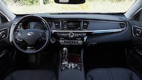 2015 Kia K900 V8 Elite dashboard interior