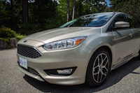 ford focus se 1.0 sedan head lights