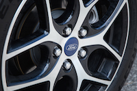 2015 ford focus se wheels