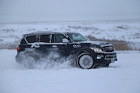 infiniti qx80 blue snow drifting