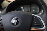 jaguar xf black steering wheel growler
