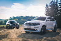 jeep grand cherokee srt vs infiniti qx80