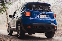 2015 jeep renegade trailhawk rear