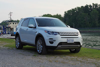 land rover discovery sport lake