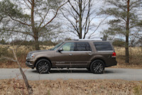 2015 lincoln navigator side view 4x4