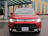 mitsubishi outlander gt red front