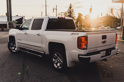 2016 Chevrolet Silverado Z71 white offroad package