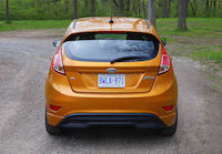 2016 Ford Fiesta SE gold yellow paint colour
