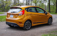 2016 Ford Fiesta SE rear view sporty