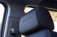 2016 GMC Yukon Denali headrests