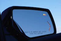 2016 GMC Yukon Denali mirrors blind spot monitoring