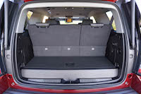 2016 GMC Yukon Denali trunk cargo room