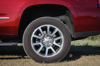 2016 GMC Yukon Denali big wheels