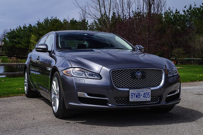 2016 Jaguar XJL Portfolio AWD gray metallic paint