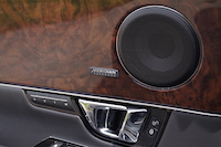 2016 Jaguar XJL Portfolio AWD brown wood door trim