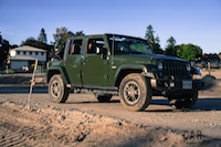Jeep Wrangler Sahara 75th Annivesary Edition mud off-road