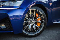 2016 Lexus GS F orange brembo brake calipers
