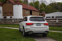 2016 Mercedes-Benz GLC 300 4MATIC park farm