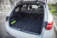 2016 Mercedes-Benz GLC 300 4MATIC trunk cargo space