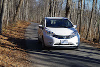 2016 nissan versa note white