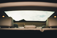 evoque panoramic roof