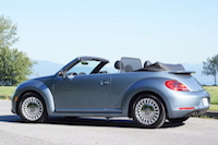 2016 褔士 Volkswagen Beetle Denim Convertible roof down