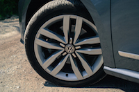 2016 Volkswagen Passat wheels rims tires