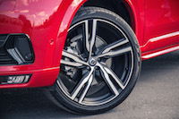 Volvo XC90 R-Design 22-inch wheels