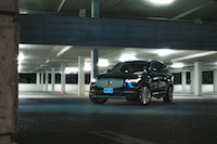 Volvo XC90 T8 PHEV Plug-in black magic blue